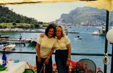 Karen joins me for an International Cooking competition, for an all-expenses-paid week in Cinque Terre
